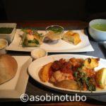 【特集記事】JAL国内線ファーストクラス機内食  記事の一覧